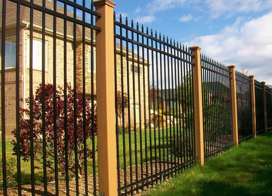 Trex Fencing with Ornamental Fence Paneling