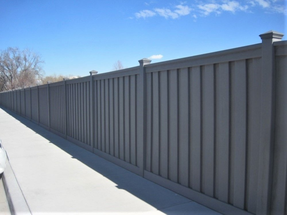 A straight line of Trex fencing at the Nelson Labs property in Taylorsville, UT