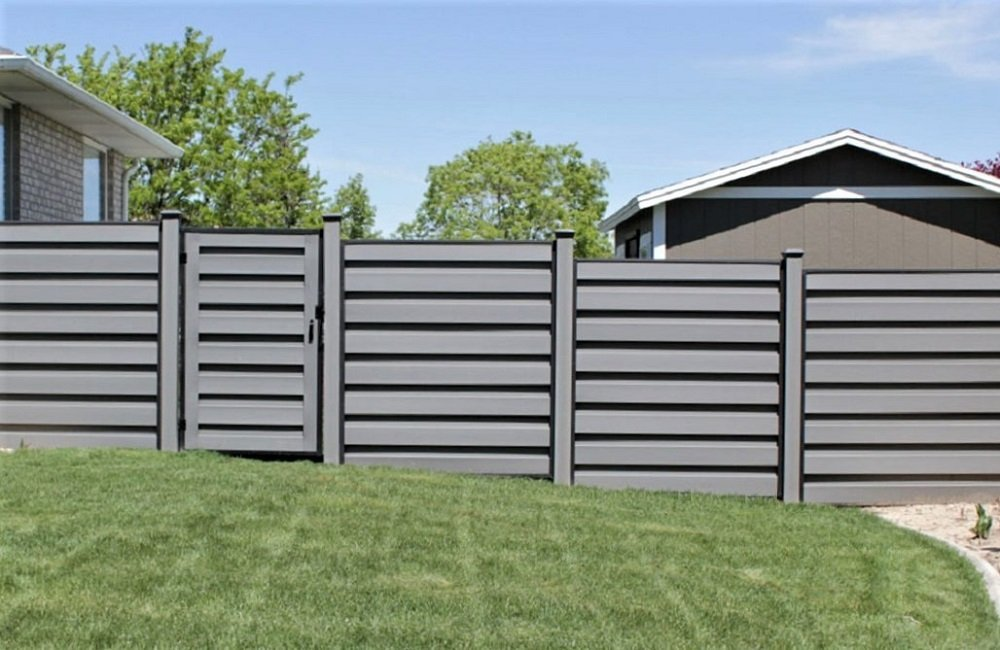 Trex Fencing with FDS Horizons frames and Trex composite posts