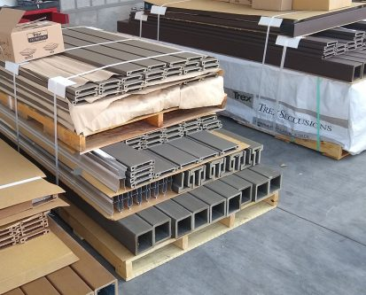 A picture of Trex Fencing materials ready for shipment
