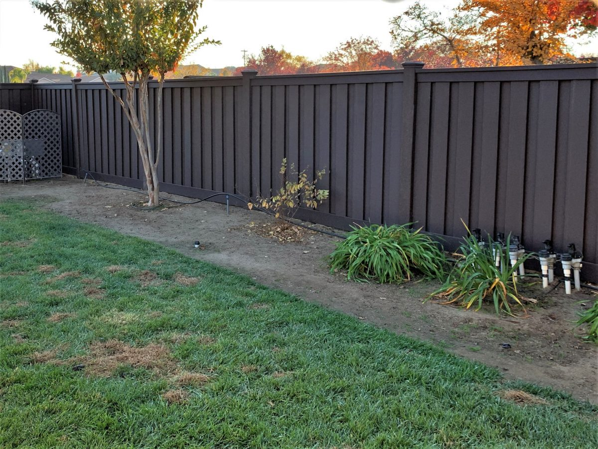 A Woodland Brown Trex Fence in San Joaquin Valley, California