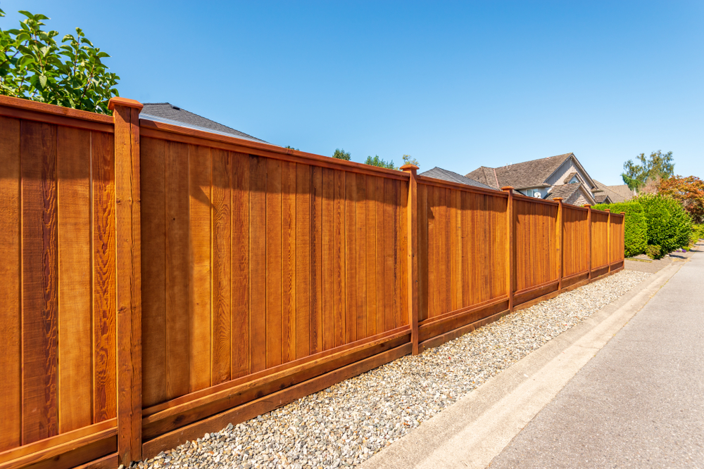 6 Reasons Composite Wood Fence Is Better than Wood